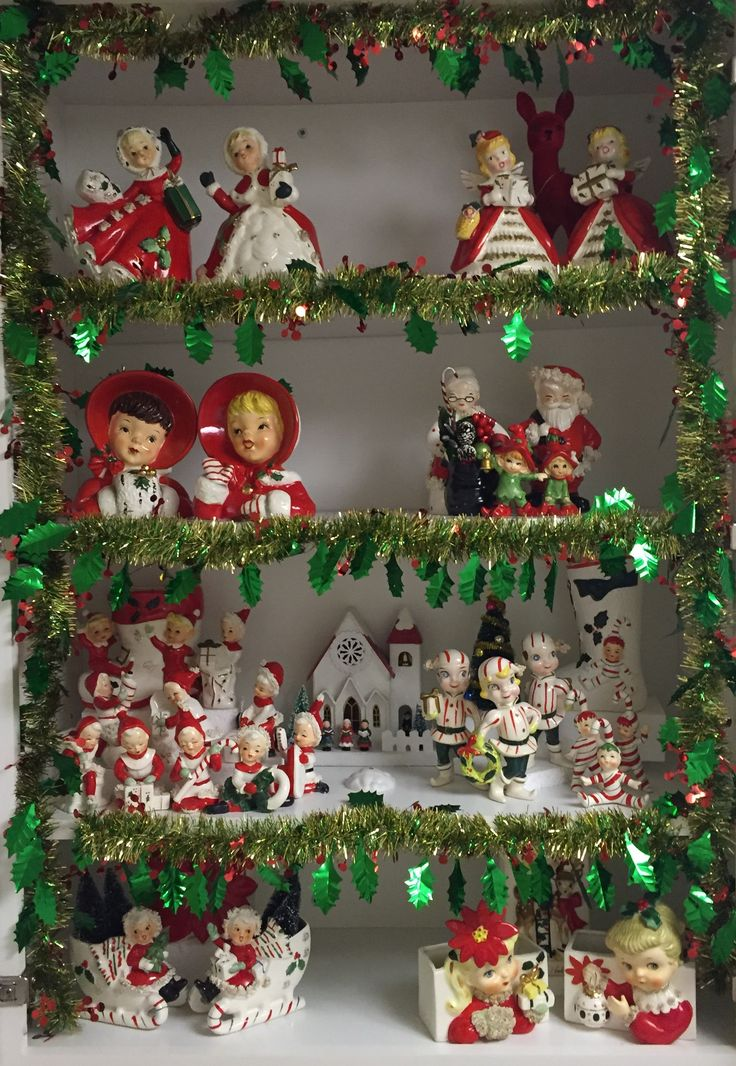Vintage Christmas Figurine Collection Display 5643 best