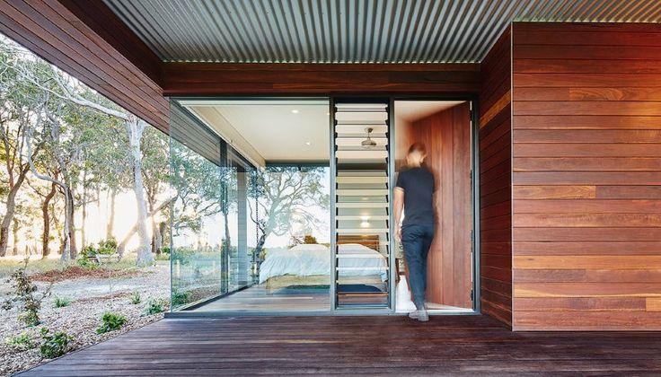 Modern-Australian-Farm-House-with-Passive-Solar-Design-11.jpg 800×457 pixels
