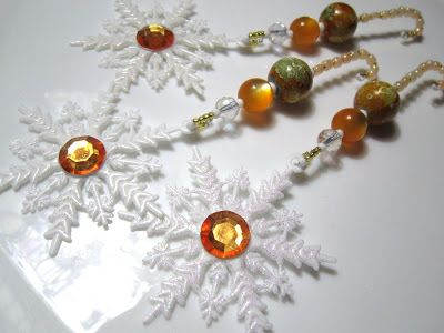 Magical Crafts & Christmas Fancies: Snowflakes in Amber and Gold