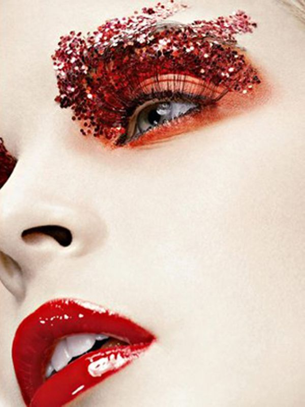 red sparkles | Photography by Robert Jaso. | Keep the Glamour | BeStayBeautiful