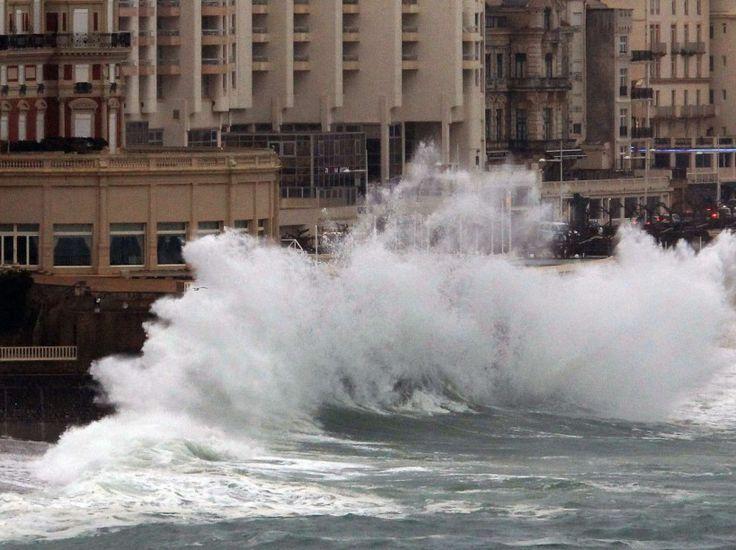 Mer en furie à Biarritz