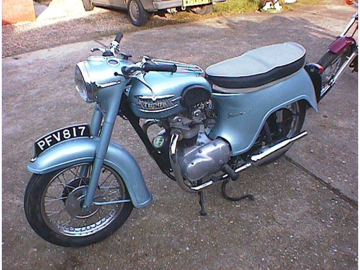 TRIUMPH 3TA bathtub,,swapped my as1 yam for one of these rebored to +60 alloy rods he had bought it from mtb shop ,distributor was u.s . i sorted, great bike until stretched a rod doing 90 mph on t bay straight ,toward kirby stephen.