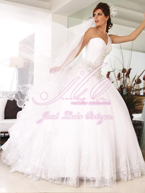 17 best Vestidos de Novia Jose Luis Ortega images on Pinterest ...