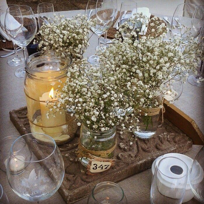 Sencillo y encantador centro de mesa con paniculata y - Mesa de centro elevable ...