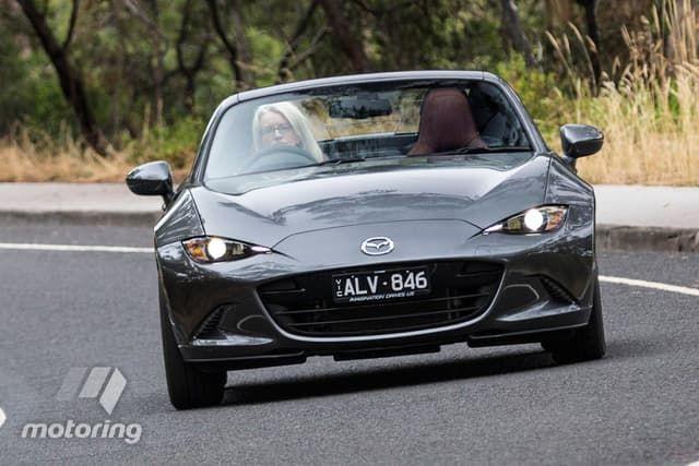 Mazda MX RF V Toyota Comparison Motoringcomau - Sports cars comparison