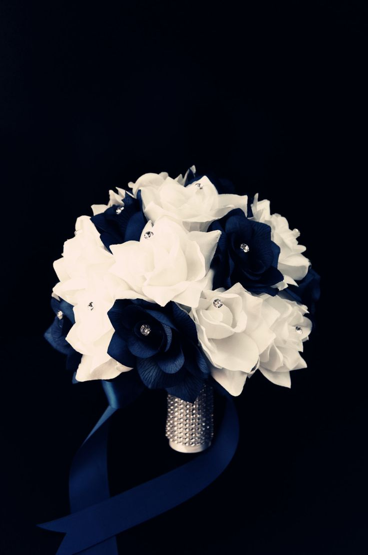 """10""""Bouquet:Navy Blue &White silk roses with rhinestone"""