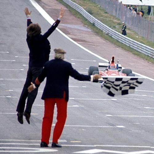 40 years ago today, Niki Lauda won his first #F1 Grand Prix! (that's Luca di Montezemolo jumping)
