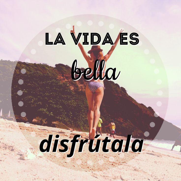 🔆жизнь прекрасна, наслаждайся ей🔆  #frases #libreta #espanol #motividea_moscow #блокнот #блокнотыназаказ #подаркимосква #испанскийязык #учимиспанский #испания #españa #севилья #sevilla #playa #biquini #mar #пляж #красота ##motivacion #motivation #мотивация #вдохновение #motividea