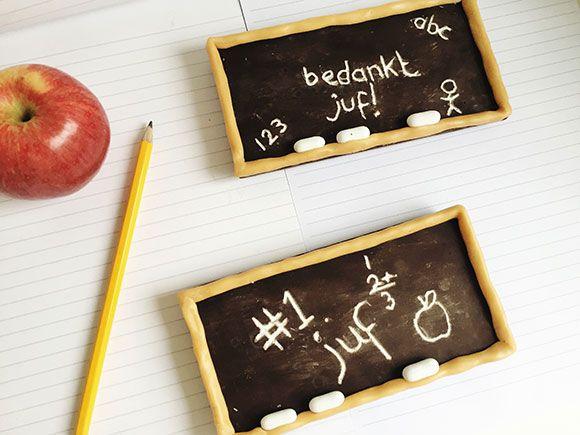 Heb jij al een cadeau voor juf of meester als bedankje voor het schooljaar? Deze chocolade schoolbordjes zijn origineel en maak je zo zelf!