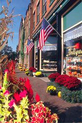 http://dld.bz/JonesborTN Jonesborough, TN a unique 18th century town nestled in the Appalachian Mountains of Northeast Tennessee.