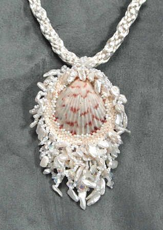 Love the bezel around the sea shell