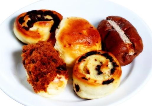 Roti Unyil aneka Rasa yang legit manis dan enak khas indonesia banget