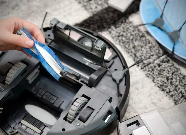 10 Things I Wish I Had Known Before I Bought A Robotic Vacuum Cleaner In 2020 Robot Vacuum Cleaner Robot Vacuum Vacuum Cleaner