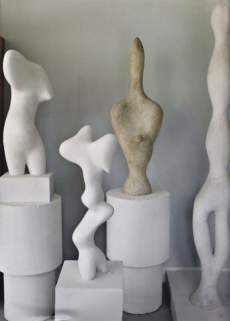 The home painter Sophie Taeuber created for her companion Jean Arp in 1927 outside Paris. WoI August 2012. Photos by jean-marie del moral
