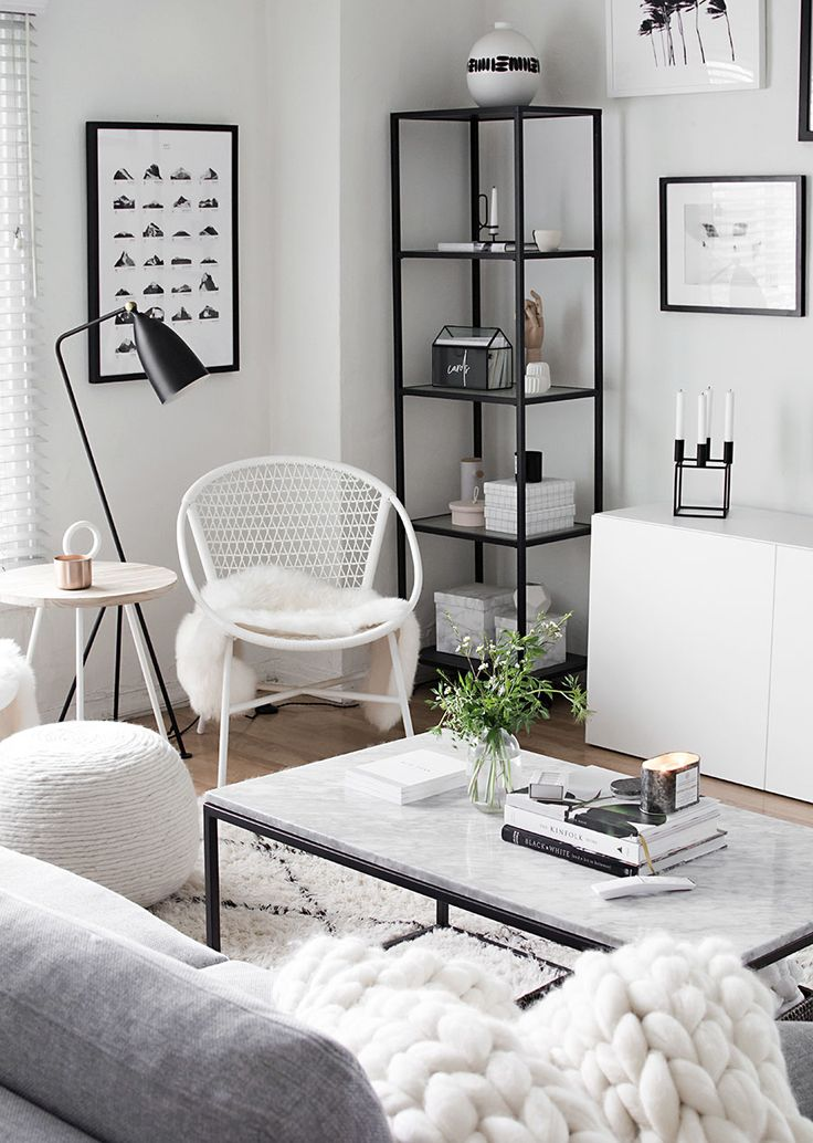 4 Easy Ways to Style a Coffee Table