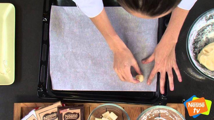 Galletas de leche condensada y chocolate blanco - Postres La Lechera