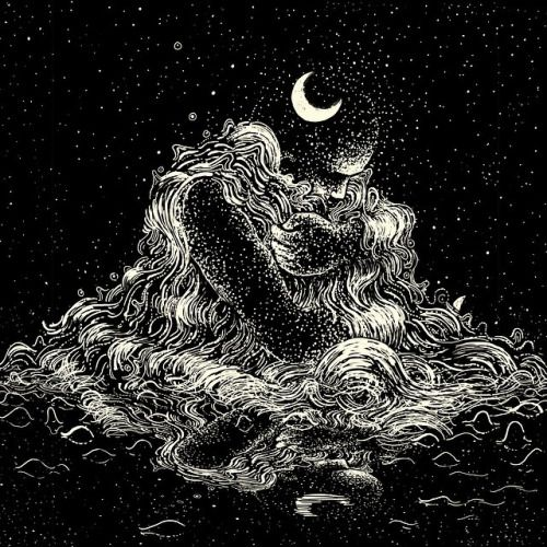 jamesreads:  The night finds comfort in the sea.