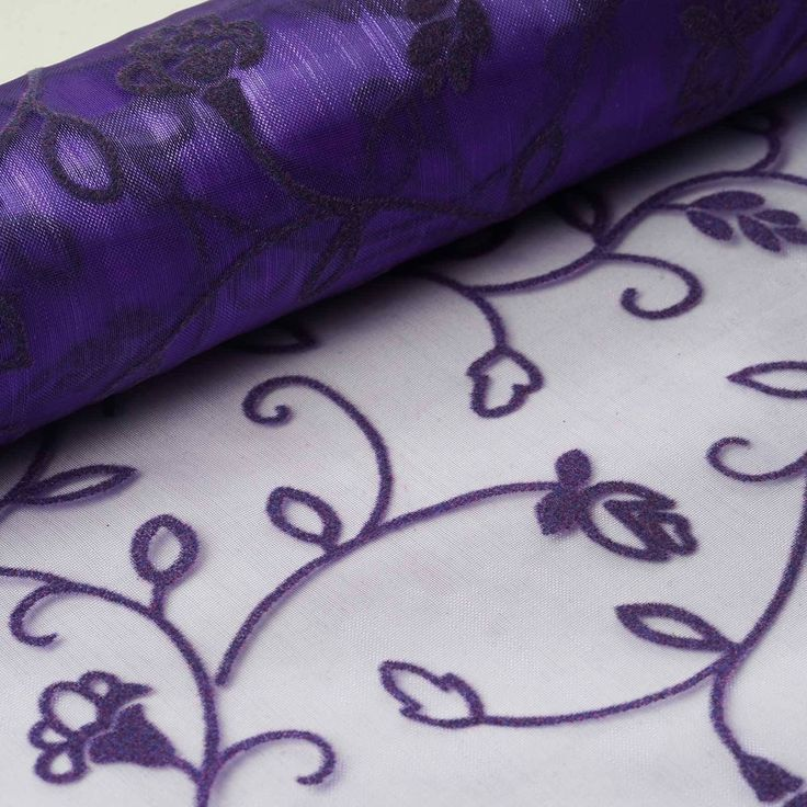 "Muchos Besos Embroider 12"" x 10 yards - Purple 