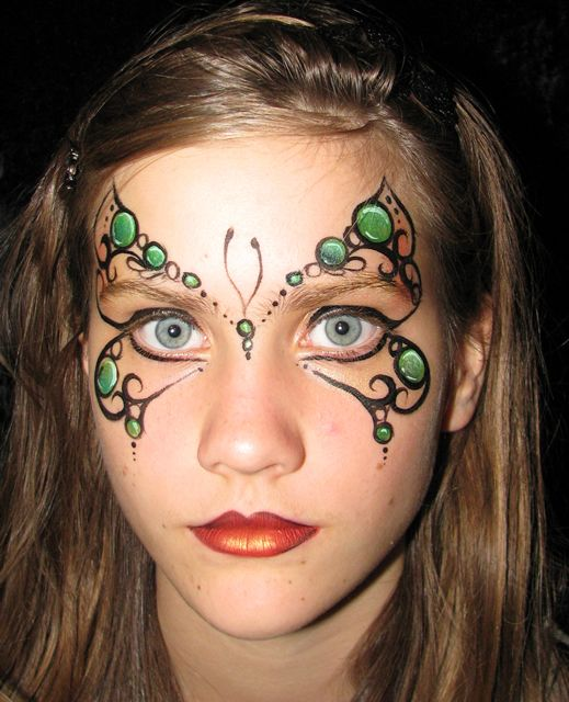 St patrick day butterfly face paint http://www.ambah.com.au/wp-content/uploads/2011/05/filigree-butterfly.jpg