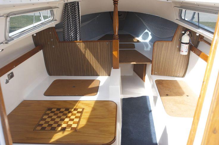 Catalina 22 Miss Kitty Catalina 22 Sailboat Pinterest Sailboats Interiors And Sailboat