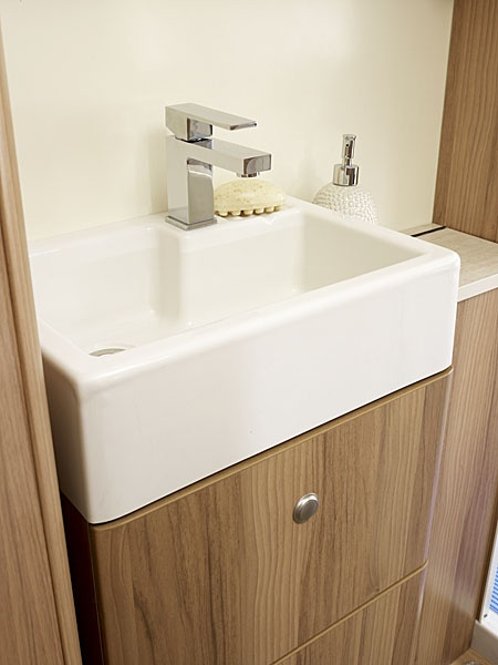 'Belfast' Style Washroom Sink