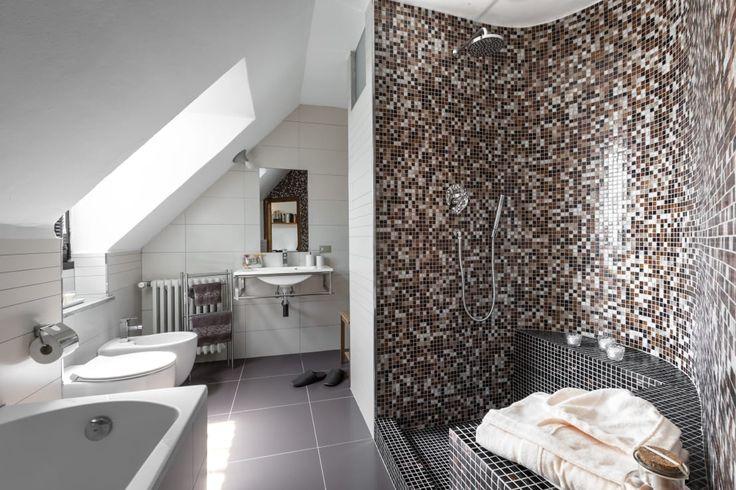 Dalle stanze da bagno più piccole a quelle più grandi, dalle…