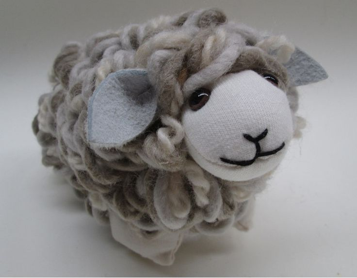Loopy textured wool sheep - Rozcraft Ltd