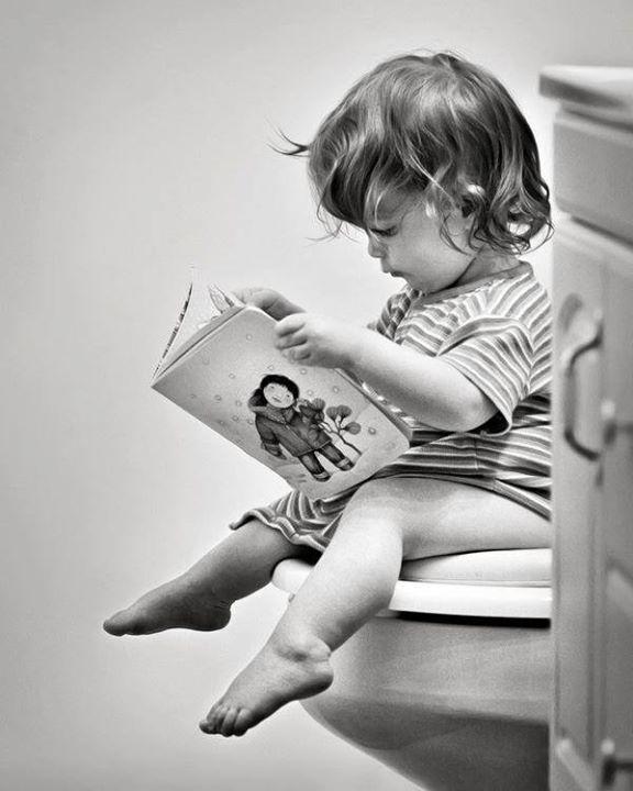 NEUIGKEITEN / BILDERBUCH Hey Leute wir arbeiten gerade an einer tollen Bilderbuchgeschichte für die ganz Kleinen. Wird erstmals mit einer anderen Maltechnik erscheinen und als Hardcover. Mehr folgt sobald ich Euch genaueres sagen/zeigen kann! :-)