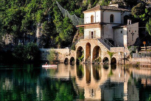 Lago di Scanno - Chiesa di Santa Maria del Lago