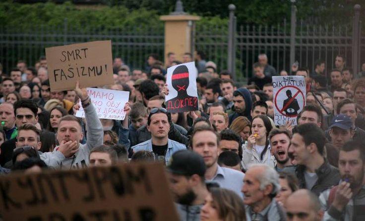 Sorosbérencek már szerbiában is tüntetnek - http://hjb.hu/sorosberencek-mar-szerbiaban-is-tuntetnek.html/