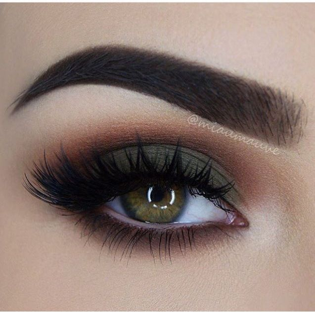 Matte Green smokey eye, Great for Fall, Thanksgiving, or even St Pattys Day. Pair this up with a natural lip for the full face.