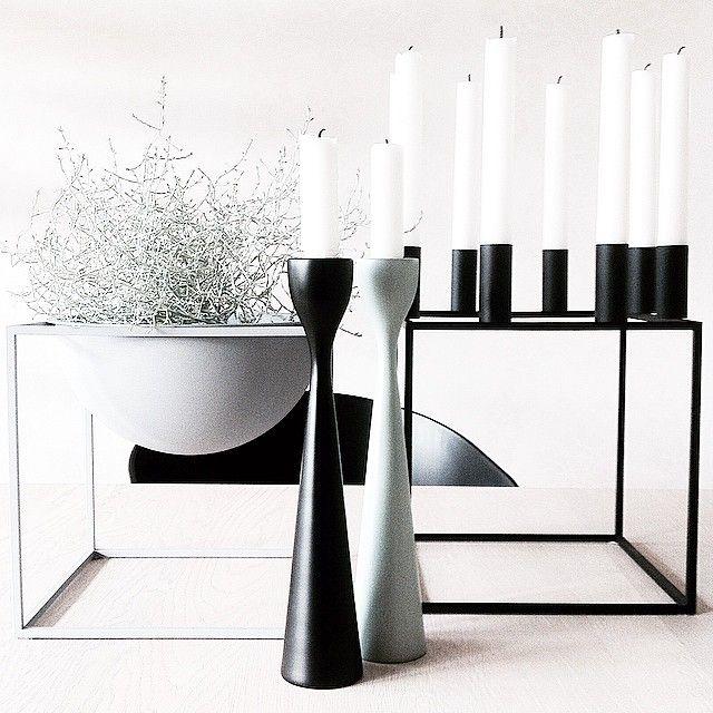 Scandinavian Rolf™ Candlesticks i - lacquered beech wood - n black and vintage green. Design Maria Lovisa Dahlberg for freemover.se with ByLassen. Photo: @75anitalind