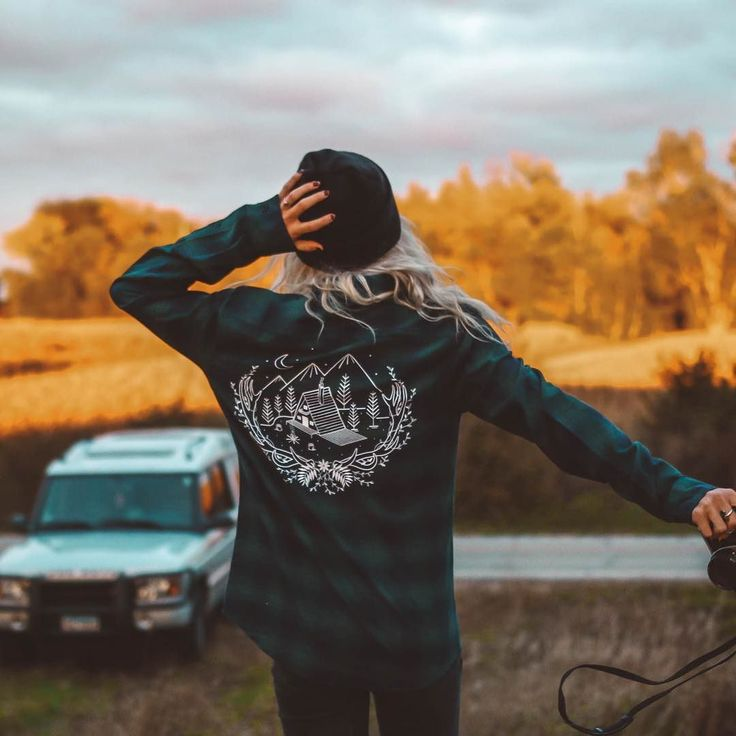 We've teamed up with @theparksapparel to get you a 15% off discount your next purchase at their store! Use code FOLK15 at checkout to receive your discount. This offer expires in 24 hours -- @theparksapparel Cabin Fever flannel as worn by @dreaming_outloud . Photo by @bryce__miller