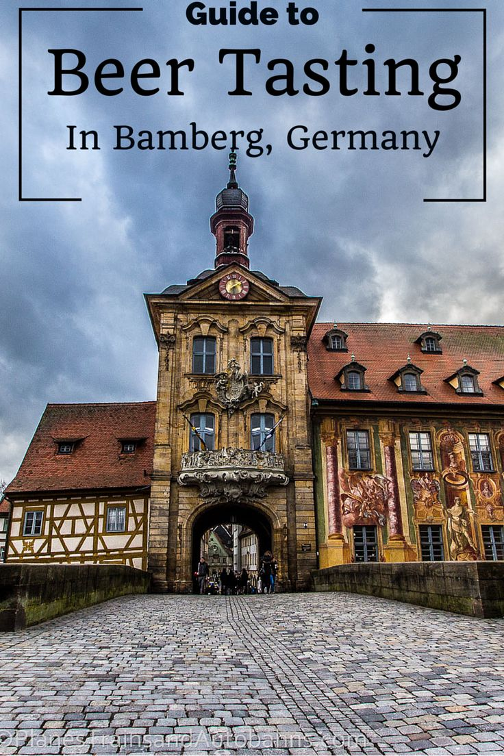 You probably have heard of the five S's of wine drinking, but did you know that beer tasting has its own rituals too? Click through to find the essential steps for beer tasting in Bamberg!