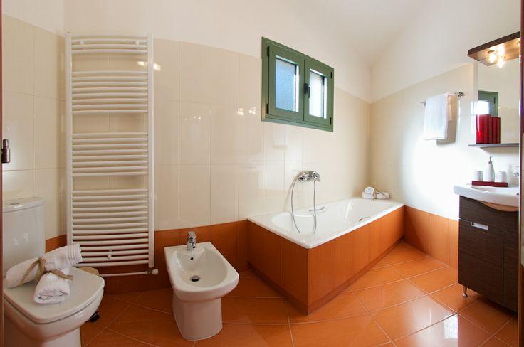 bathroom at the 1st floor