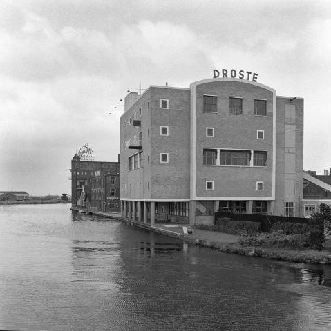 Haarlem 1962 Kruisweg 129 Droste silo (W.M. Zilver Rupe)