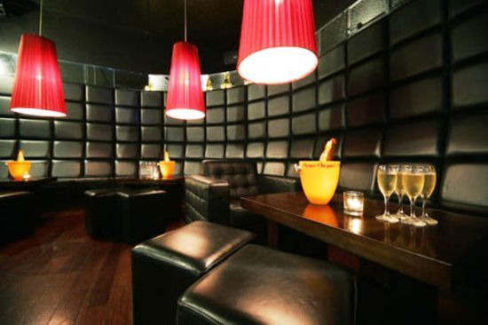 Holidays in Ireland, Hotel Bloom Set in the heart of Dublin's Temple Street area