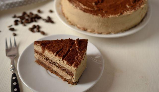 Kávés tiramisu torta