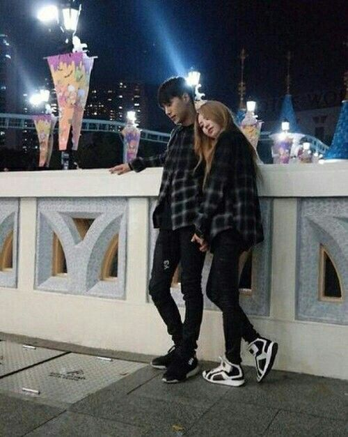 Image of: Ulzzang Girl 17 Best Images About Cute Korean Couples On Pinterest Pinterest Korean Couples Selcas Tumblr