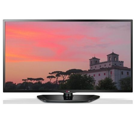When looking at the characteristic and specification of 32 inch TV, you require taking note of the connection points and amount of port as well.