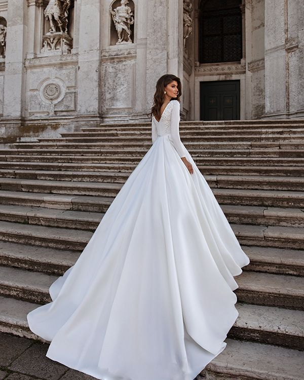 Popular Satin Ball Gown Wedding Dresses Long Sleeve 2020 Bridal Gowns With Lace Appliques Satin Wedding Gown Wedding Dresses Satin Wedding