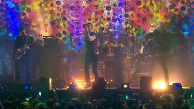 Coldplay - Hymn For The Weekend ( #Live at The BRIT Awards 2016 ) http://www.365dayswithmusic.com/2016/02/coldplay-hymn-for-the-weekend-brit-2016.html?spref=tw #Coldplay #HymnForTheWeekend #TheBRITAwards #music #official #video #edm #dance #nowplaying