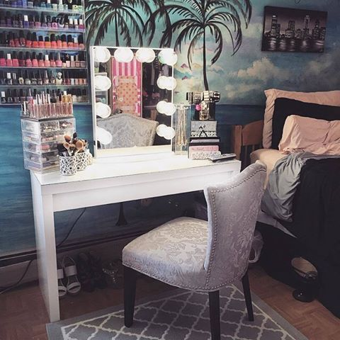 Vanity paradise! 🌴 Loving @valeriepac's beautiful tropical escape! Who else is ready for summer? 🙋 #vanityparadise #vanityinspo #summer  Featured: #ImpressionsVanityGlow + IKEA Malm desk