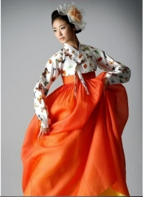 Hanbok, Korean Traditional Dress.... I love the butterfly print on top!!:):)