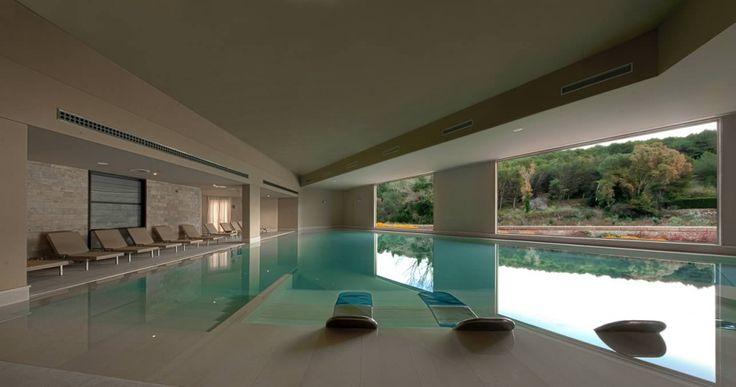 17 migliori idee su piscine piccole su pinterest piscina for Piccoli piani di casa con piscina coperta