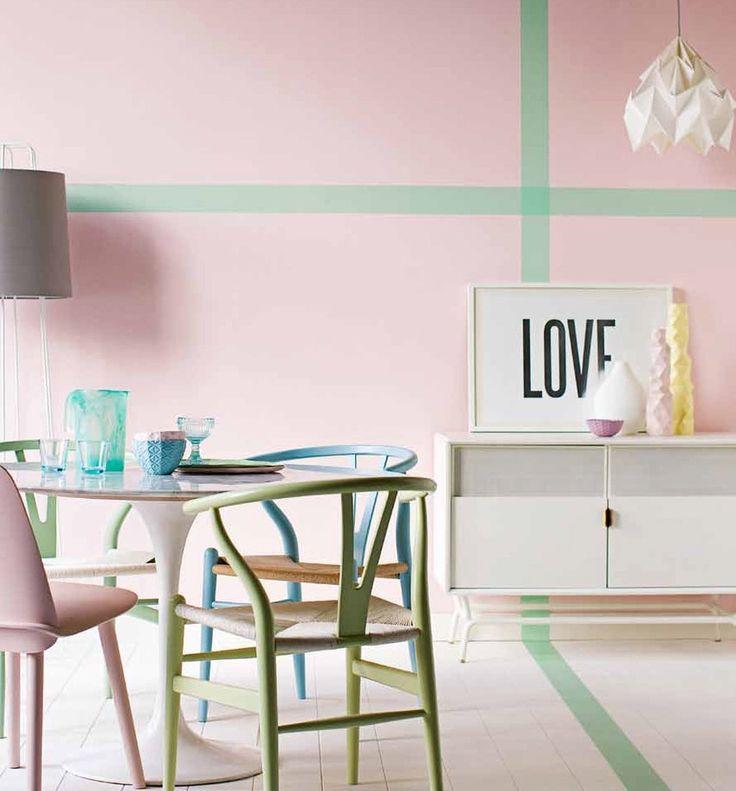 Woonhome pastel creme kleuren lichtroze mingroen woonkamer for Pastel dining room ideas
