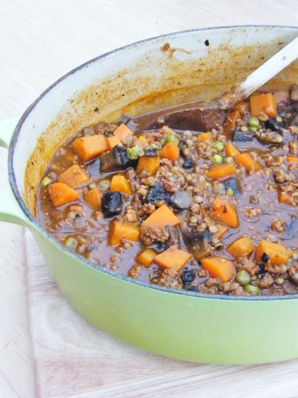 Vegetable and lentil stew. 240 cal