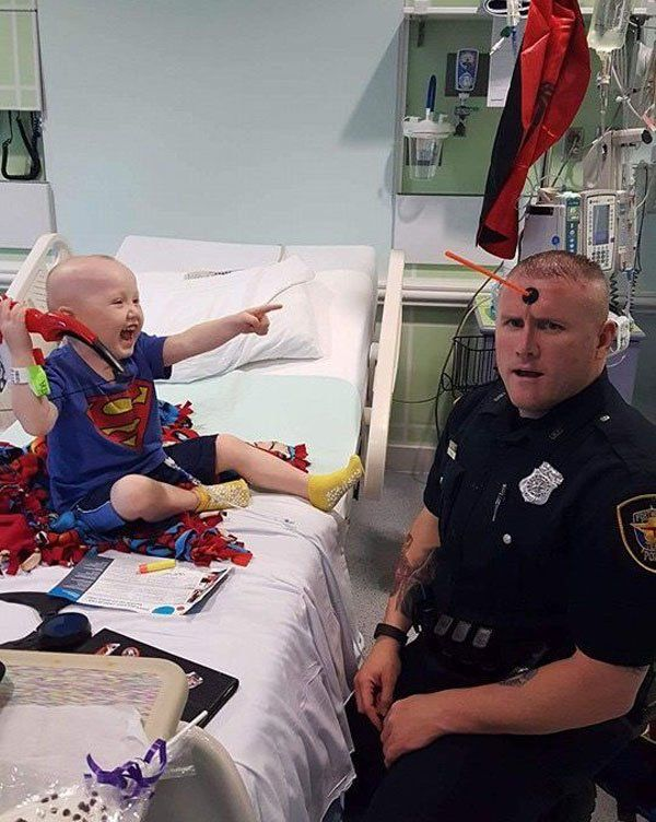 This man is beyond amazing!! His name is Damon Cole he is heros_cops_against_cancer He goes out of his way to make kids happy
