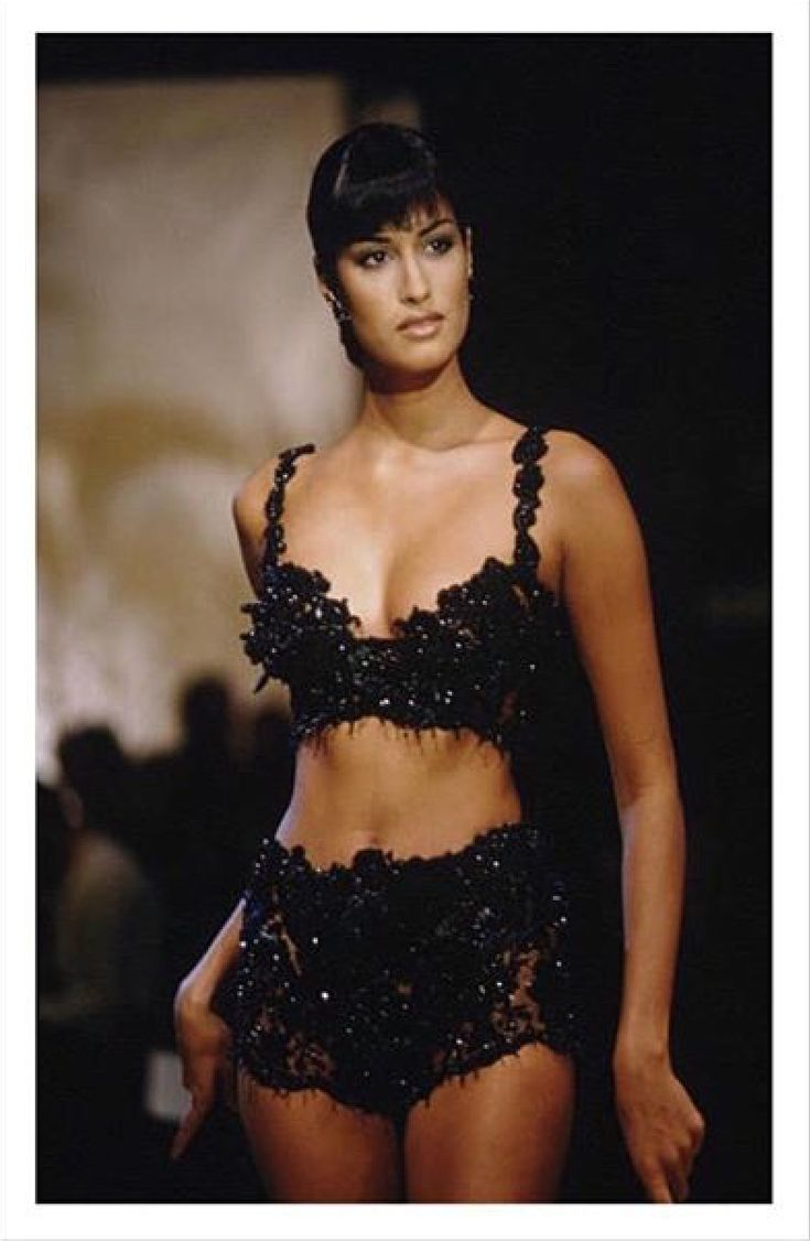 1576 best Yasmeen Ghauri images on Pinterest