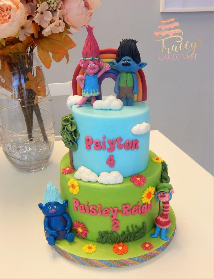 Trolls cake, edible figures